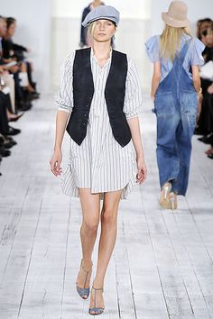 Ralph Lauren Spring 2010 Ready-to-Wear Collection - Vogue Spring Fashion, Fashion Show, Autumn Fashion, Fashion Design, New York Fashion, Ralph Lauren Collection, Casual Wear, Muse, Ready To Wear