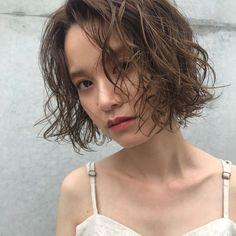 夏目前!2018夏「ボブのトレンドヘアカタログ」16選 - LOCARI(ロカリ)
