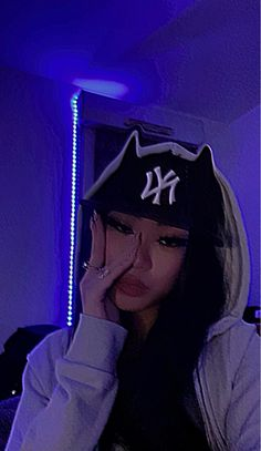 Swag Girl Style, Girl Swag, Swag Girl Makeup, Bild Girls, 00s Mode, Fille Gangsta, Thug Girl, Cute Selfie Ideas, Cute Poses For Pictures