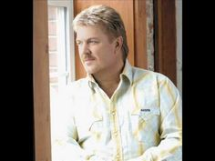 Prop me up beside the jukebox if I die CD Version Joe Diffie Funeral Songs For Mom, Funeral Verses, Songs About Dads, Country Music News, Country Music Singers, If I Die, Good Old Times, A Night To Remember, Song Playlist