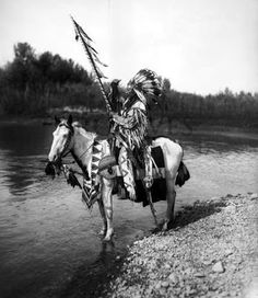American Indian's History: Blackfoot Indians Life and Culture Photo Gallery