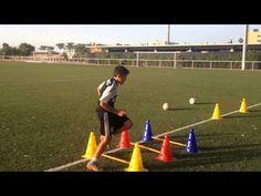 Academia de Tecnificación en Fútbol PLAYER 10. Técnica y coordinación . HUGO GARRIDO - YouTube