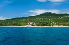 Robinson house in the bay Cerenje on island Pasman in Croatia. You can book it on https://www.kroati.de