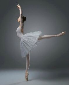 Ballerina Isobelle Dashwood - Australian Ballet School - Photo by Taylor-Ferné Morris Photography