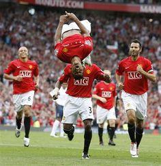 Manchester United - Celebrations hahahahaha Nani, you do crazy!