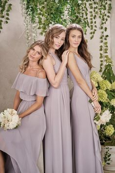 Lilac mix and match bridesmaids dresses