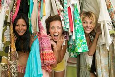 online shopping made easier with tracy's closet [VIDEO] First Relationship, Vide Dressing, Cool Things To Buy, Stuff To Buy, Save The Planet, Fashion Company, Mom And Dad, New Outfits, Sustainable Fashion