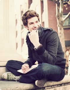 andrew garfield. i will marry him.