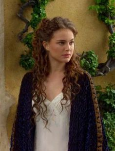 party hairstyles for medium length hair : 1000+ images about Padm? Amidala Skywalker on Pinterest Natalie ...