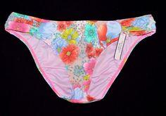 Victoria's Secret Knock Out Floral Ruched Side Bikini Bottom Medium M NEW Swim #VictoriasSecret #BikiniBottom #Bikini #swimwear #sexybikini #glamourxoxo #vkforvintage #vkmarketplace