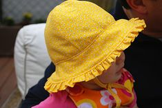 Baby sunhat hat with ruffles and ties free sewing pattern and DIY tutorial...although I will have to make it ruffle-less