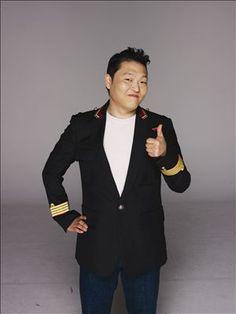 Celebrity travel with Korean rapper PSY Celebrity Travel, Celebrity News, Psy Kpop, Popular Rappers, Yg Artist, Music Station, Fandom, Billboard Hot 100, Billboard Music