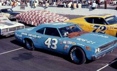 With or without wings? In 1970 Richard Petty raced the winged Plymouth Superbird on the superspeedways and this Roadrunner on the short tracks and bullrings.