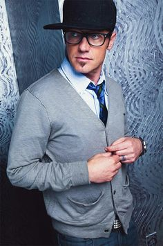 TobyMac is one of my favorite artists. He's one of the first artists i remember listening to when I was younger:)