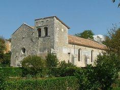 Eglise Saint-Cybard te Pranzac (Charente 16)