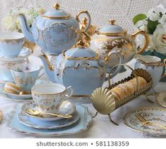 Vintage baby blue teacups and teapots with gold cutlery flatware and macaroons - tea party , Vintage China, Vintage Tea, Vintage Party, Tee Set, Tea Pot Set, Teapots And Cups, Coffee Set, Happy Sunday, Tea Time