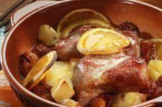 Christmas Pork with orange Greek Recipes, Meat Recipes, Cooking Recipes, Greek Cooking, Recipe Collection, Sausage, Pork, Favorite Recipes, Beef