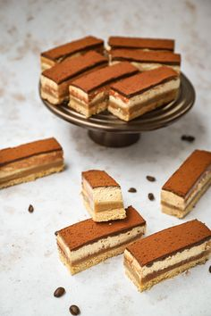 Baking Recipes, Cookie Recipes, Shortbread Bars, No Bake Bars, Tiramisu, Cupcake Cookies, Food Inspiration, Cheesecake, Mini