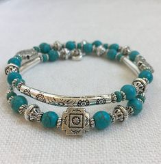 Wire Jewelry Southwestern Turquoise and Silver Memory Wire Bracelet Memory Wire Jewelry, Memory Wire Bracelets, Diy Jewelry, Beaded Jewelry, Jewelry Bracelets, Jewelery, Jewelry Accessories, Jewelry Design, Jewelry Making
