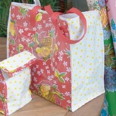 Oilcloth Tote and Lunch Bag - Fabric & Stitching How-Tos