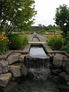 the oregon garden, silverton - Aqueduct stream through the garden.