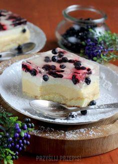 CIASTO CYTRYNOWE Z PIANKĄ I BORÓWKAMI - BEZ PIECZENIA Delicious Desserts, Dessert Recipes, Party Decoration, Slow Cooker, Blueberry, Panna Cotta, Cheesecake, Food And Drink, Blog