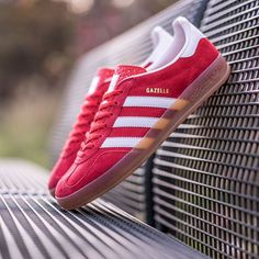 adidas Originals Gazelle Indoor: Red