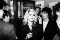 "toryburch: "" D is for Debbie Harry Blondie lead singer and punk icon. Blondie's Debbie Harry and Chris Stein at the opening of Mirandy Gallery's Blondie in Camera exhibition in London, Blondie Debbie Harry, Merle Oberon, Shirley Jones, Veronica Lake, Punk Songs, Chris Stein, Estilo Rock, Retro Mode, Female Singers"