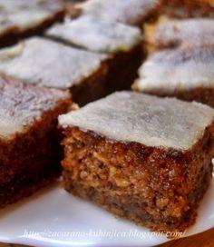 Začarana kuhinjica: Sočni kolač sa bundevom i jabukama Bosnian Recipes, Croatian Recipes, Cake Cookies, Cupcake Cakes, Cupcakes, Kolachi Recipe, Posne Torte, Easy Desserts, Dessert Recipes