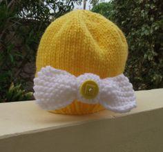 Novelty Baby Beanie Hat   Lemon Bow Peep by Quintessentialcraftz, €12.00