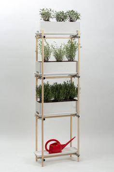 : garden-styling von Eternit (Schweiz) : Green Fashion, Garden Styles, Ladder Decor, Home Decor, Nest Box, Cool Presents, Gutter Garden, Dekoration, Decoration Home