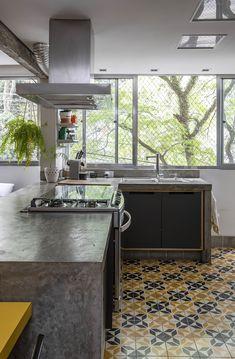 Rustic Kitchen Design, Kitchen Room Design, Home Decor Kitchen, Home Kitchens, Kitchen Dining, Diy Home Decor, Mini Loft, Loft Studio, Concrete Kitchen