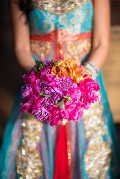 What a gorgeous bouquet!