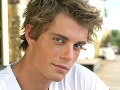 Luke Mitchell from H2o just add water on Nickelodeon  he plays Will and he's amazing! And gorgeous!!