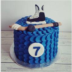"Jessica Edwards on Instagram: ""A little hockey cake.  #cakestagram #cake #hockey #hockeycake #yxe"""