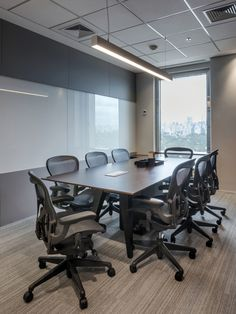 Pitá Arquitetura completed the offices for Matrix Energy Trading located in São Paulo, Brazil. This project was developed for Matrix Energy Trading, and Office Meeting, Meeting Table, Office Space Planning, Clinic Design, Rectangle Table, Office Interiors, Glass Door, Offices, Room