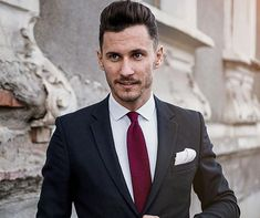 Accesoriile nu lipsesc niciodata din tinuta unui barbat care se respecta. Tu faci parte din aceasta categorie?  #Onore #InnobileazaTinutaDomnilor #barbati #accesoriifashion #stil #elegant #putere #atitudine #batistadebuzunar #cravate #ploiesti #bucuresti #businessmen #gentlemen #men #menfashion Suit Jacket, Breast, Jackets, Fashion, Down Jackets, Moda, Fashion Styles, Jacket, Fashion Illustrations
