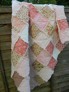 Shabby chic rag quilt, pink, white 100% cotton, minky handmade, kids, toddler, home decoration