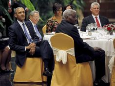 President Raul Castro hosts state dinner for the Obamas   3CHICSPOLITICO