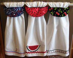 Applique Towels, Applique Stitches, Dish Towel Crafts, Dish Towels, Towel Dress, Crafts To Sell, Kids Crafts, Hanging Towels, Christmas