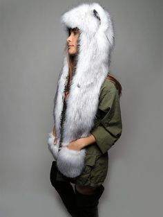 BRAVE - LOYAL - ADVENTUROUS Do you have the Spirit of the Husky? If you do, you're known for your resilience. 100% plush faux fur.