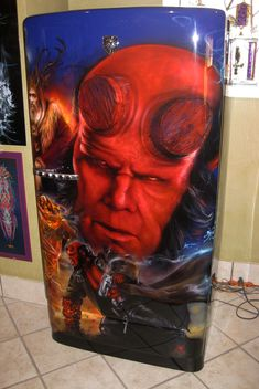 Airbrushed Hellboy Fridge - Painted by Mike Lavallee of Killer Paint… Air Brush Painting, Car Painting, Painted Fridge, Goblin Art, Vintage Fridge, Airbrush Designs, Paint Stripes, Custom Paint Jobs, Motorcycle Art
