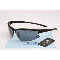 Cheap Oakley Sports Sunglasses matte black frames black lens | See more about black frames, matte black and oakley.