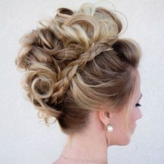 For hairstyles short wedding hair tutorial bridals for mon the faux bride cheri hawk edgy bridal Faux Hawk Hairstyles, Up Hairstyles, Braided Hairstyles, Wedding Hairstyles, Braided Mohawk, Faux Hawk Updo, Mohawk Updo, Curly Faux Hawk, Faux Mohawk