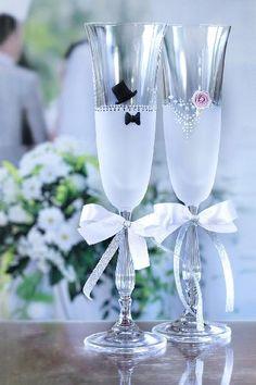 Svatební sklenice ženich nevěsta,