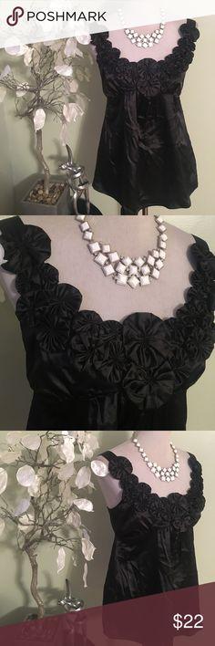 TWENTYONE TOP Gorgeous elegant top , never been worn , made of polyester TWENTYONE Tops Blouses