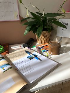 Study Ideas, Study Inspiration, Study Board, Suite Life, That Moment When, Studyblr, Study Motivation, Street Food, Uni