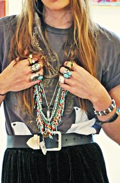 can't get enough turquoise jewelry.