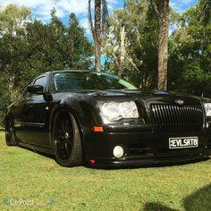 17 best chrysler 300c srt8 images rolling carts cars chrysler rh pinterest com