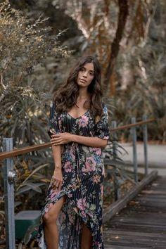 Delilah Frill Maxi Dress (Pre-Order) – Hola Pretty